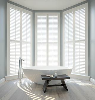 Supply and fit venetian blinds